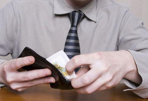 Удерживаются ли алименты с аванса по зарплате