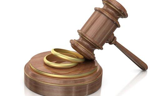Как правильно оформить развод через суд без детей?