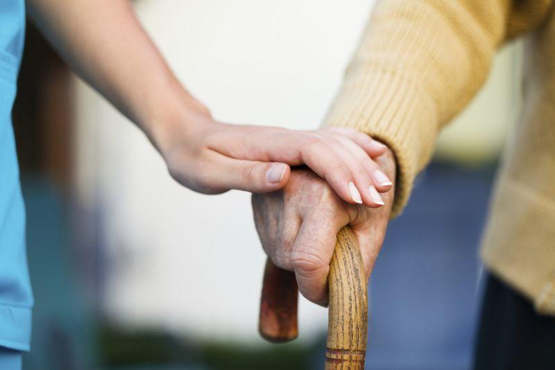 Какие нужны документы для опекунства над пожилым человеком